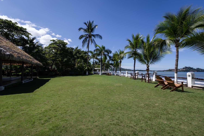 Lawn wedding venue at Bahia del Sol Hotel for beach weddings.