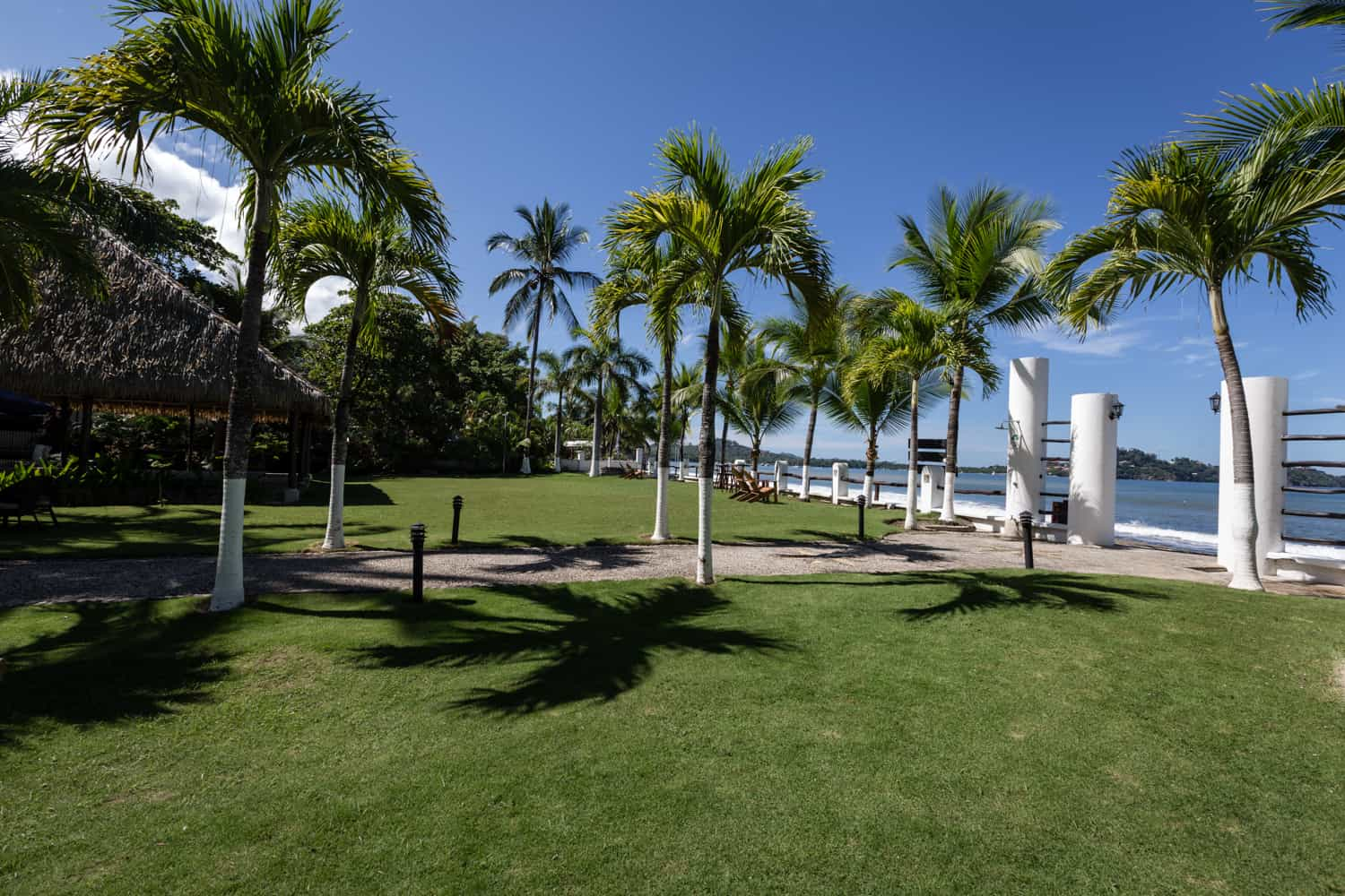 Venue for large wedding ceremonies and receptions on beach in Guanacaste.