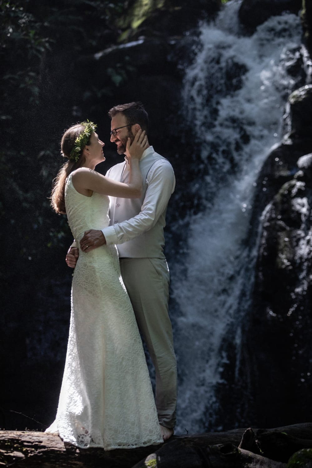 Amazing waterfall photo of couple who just tied the knot in Costa Rica.