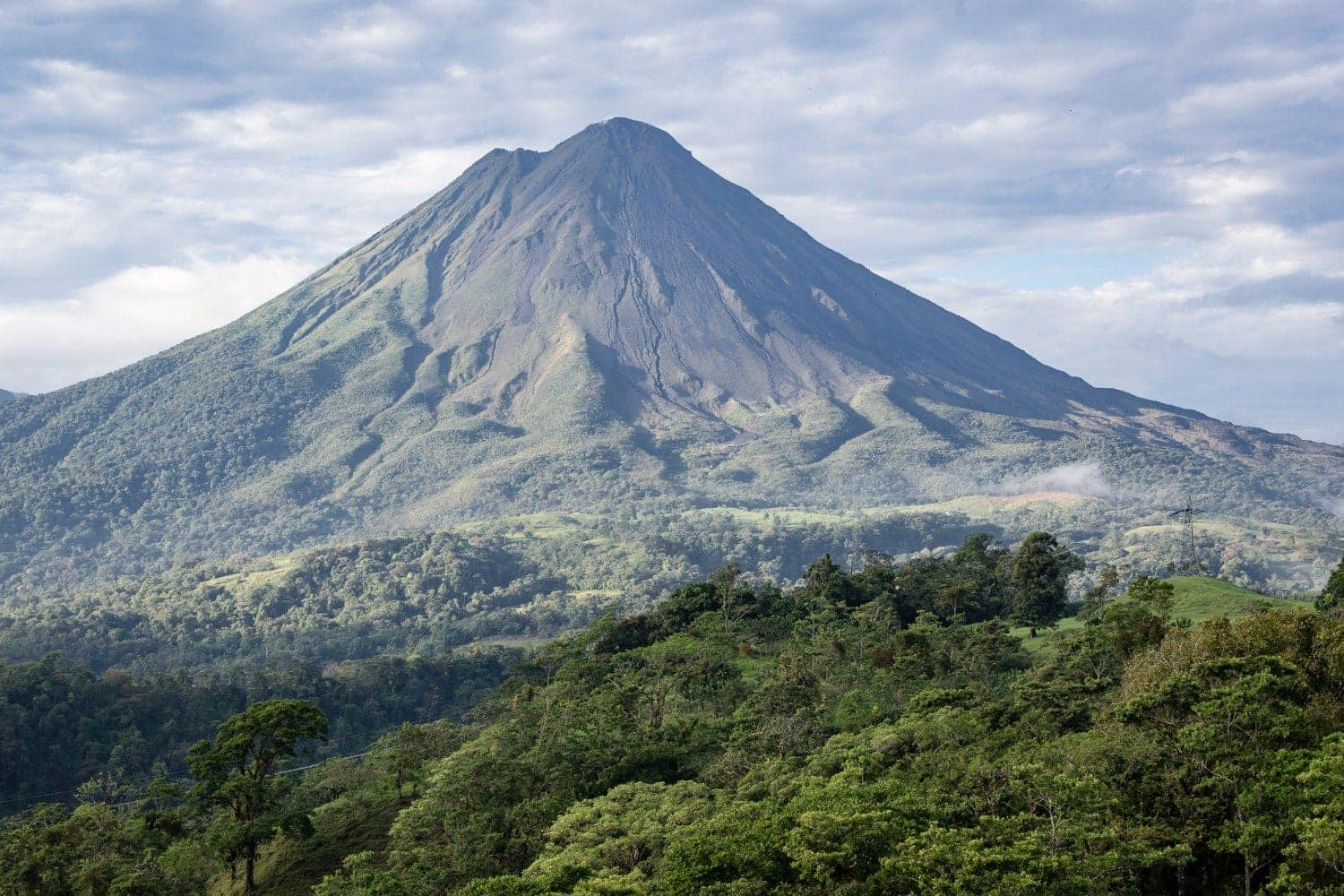 The Arenal Volcano in La Fortuna is a marvelous setting for an engagement in Costa Rica.