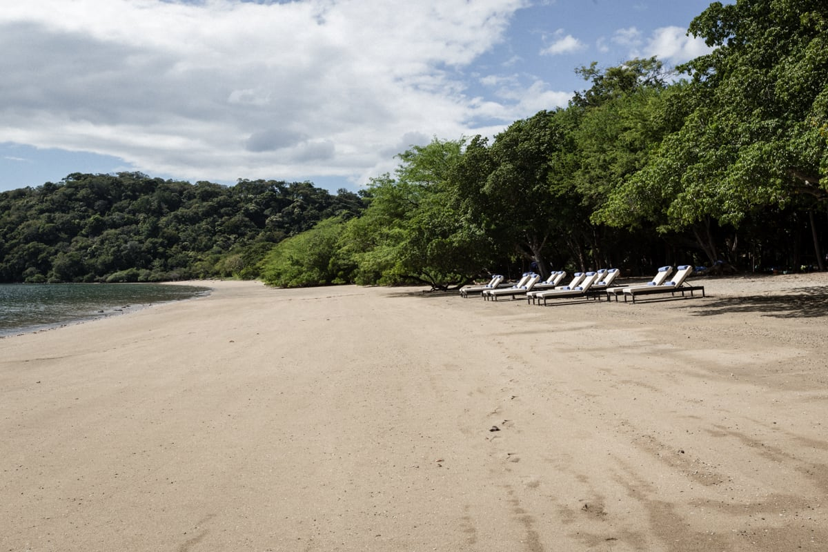 beach-house-wedding-venue-andaz-resort-costa-rica-10.jpg