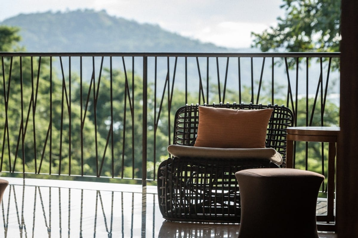 Andaz Lounge is great place for small wedding ceremony with its amazing views.