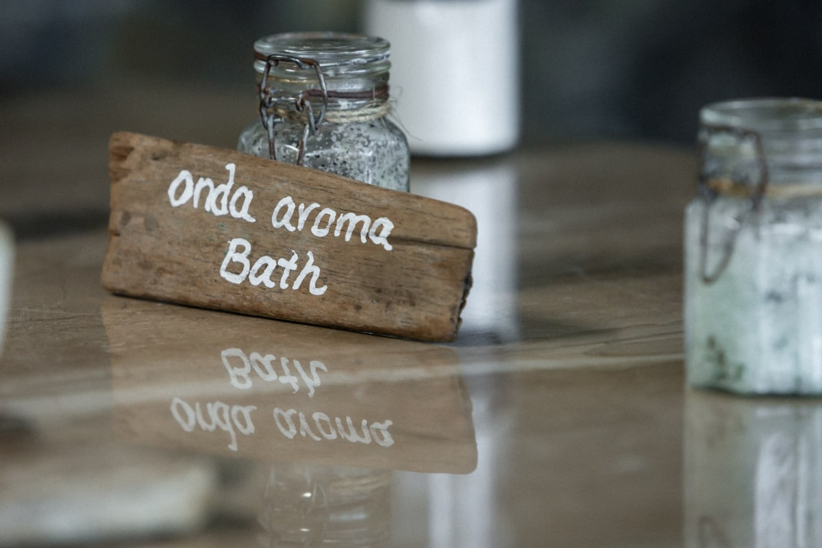 Salts for relaxing bath for the bride and bridesmaids at Andaz's Onda Spa.