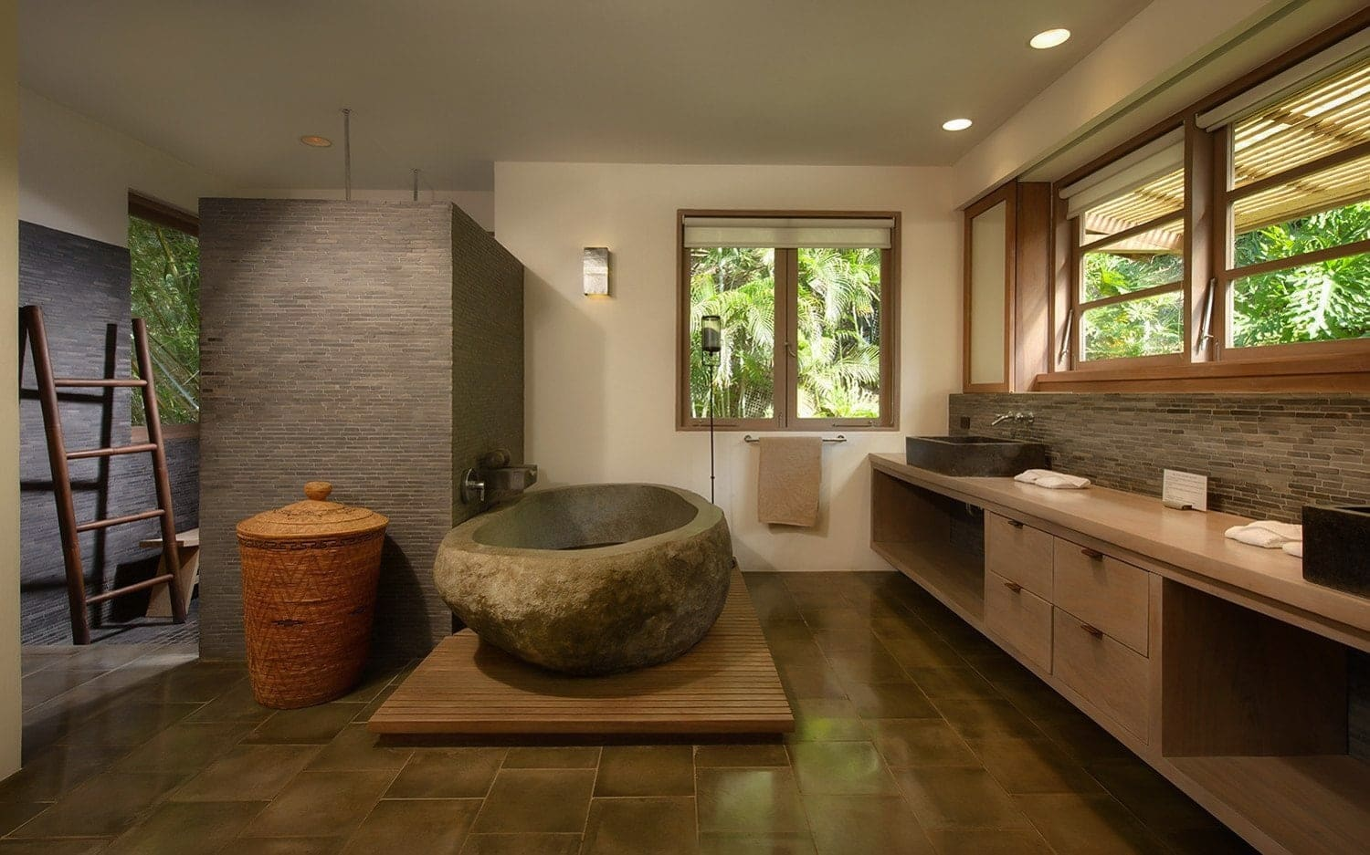 Gorgeous bathroom in Casa Alang Alang master suite in Tamarindo.