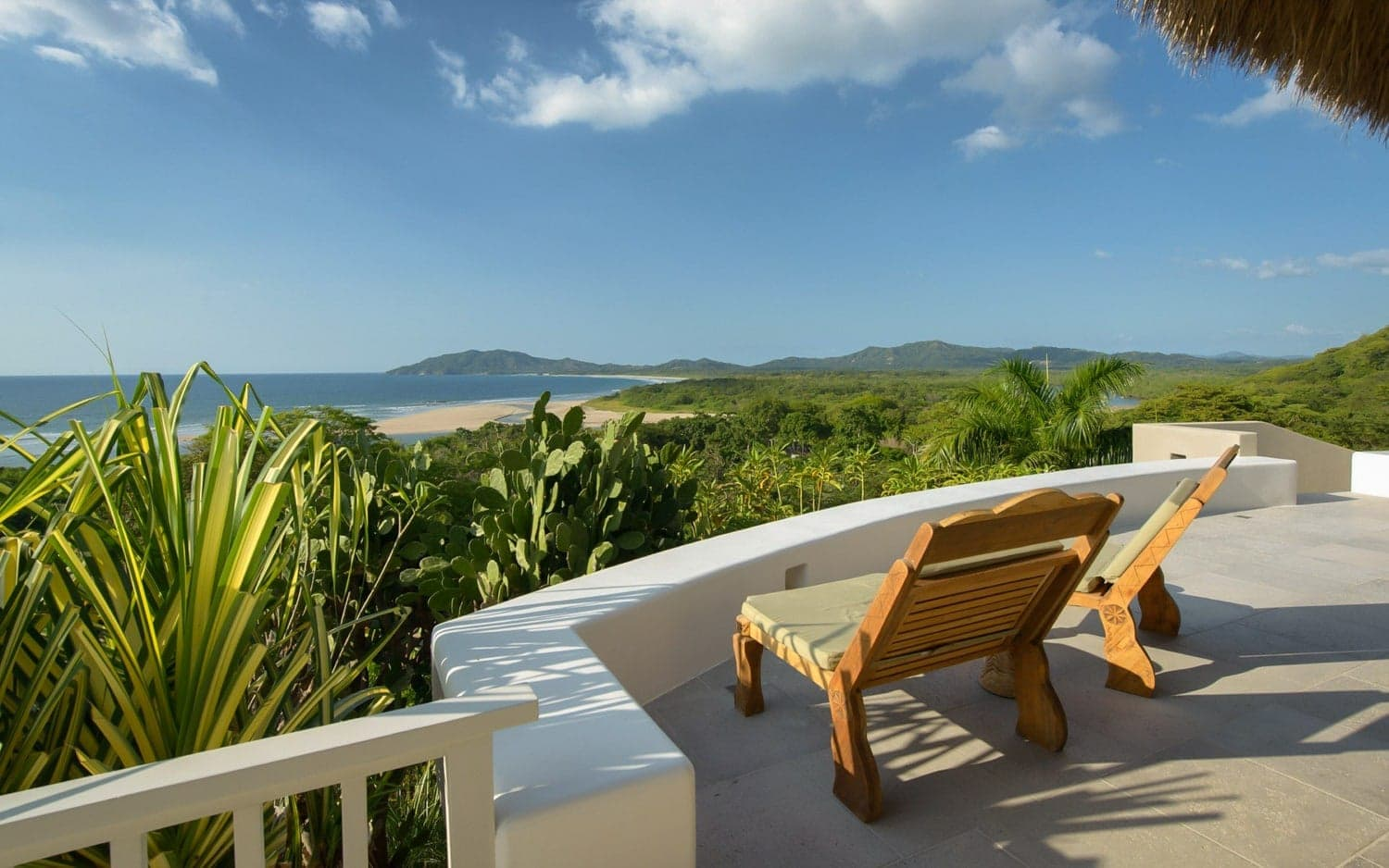 Terrace with ocean views for wedding ceremonies at Sunset House, Tamarindo.