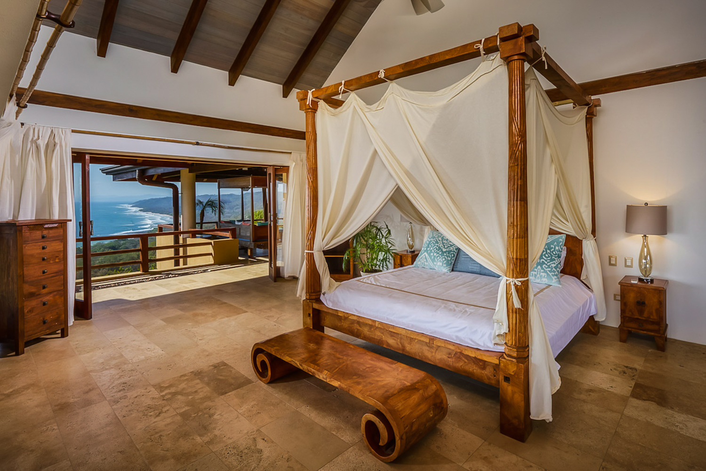 Stunning room with ocean view for honeymoon suite at Villa Numu.