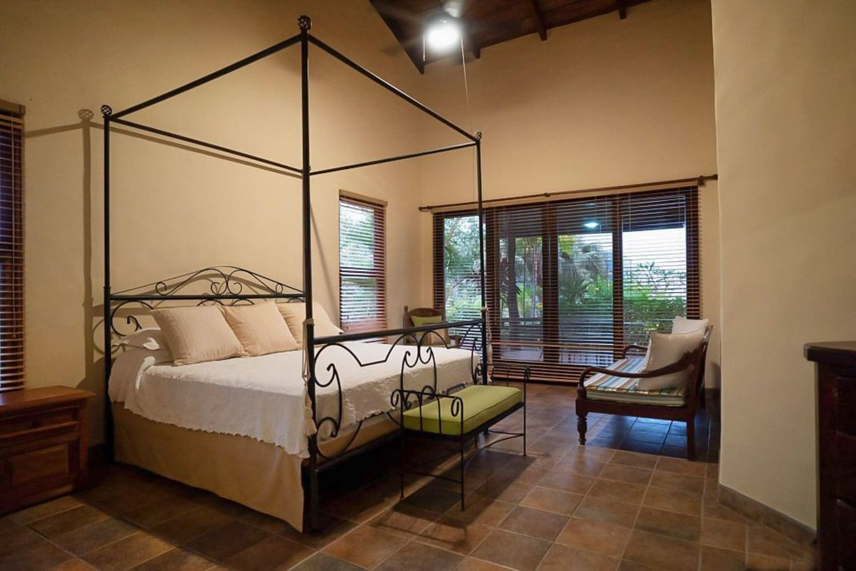 Great room for wedding guests at Hacienda Barrigona.