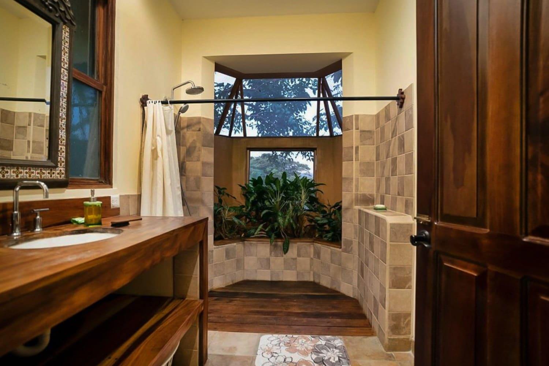 Bathroom in Hacienda Barrigona's master suite.