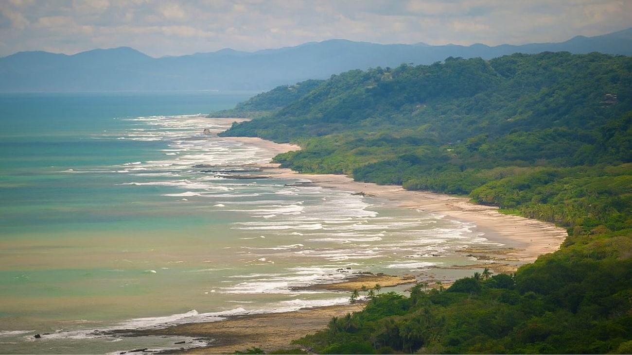 Casa Chameleon Mal Pais's fabulous site for beach weddings.
