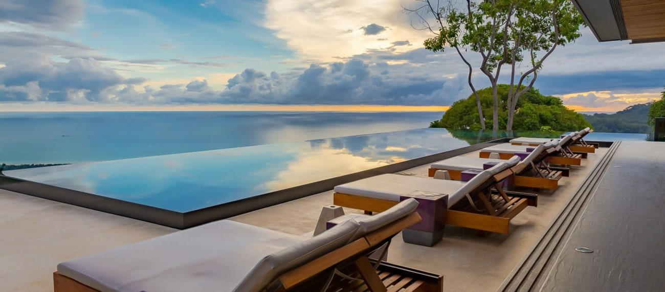 Infinity pool with fantastic ocean views at Kura Hotel in Uvita, Puntarenas.