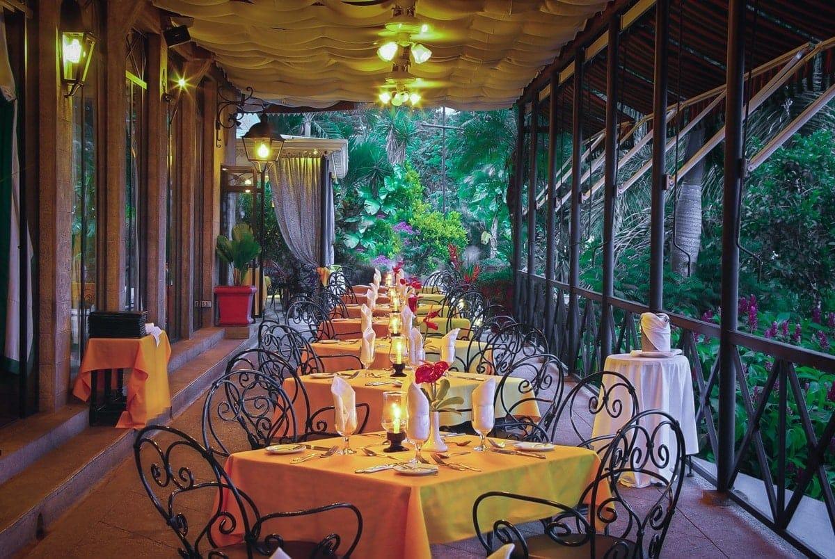 The Amphitheater Restaurant & Bar at Villa Caletas for wedding receptions.