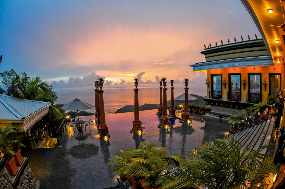 Sunset foto of location for wedding ceremonies at Zephyr Palace, Costa Rica.