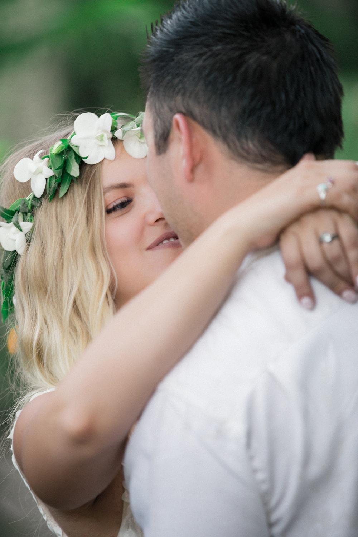 Cassie-Jay-wedding-portraits-Langosta-Beach-Club-Costa-Rica-2.jpg