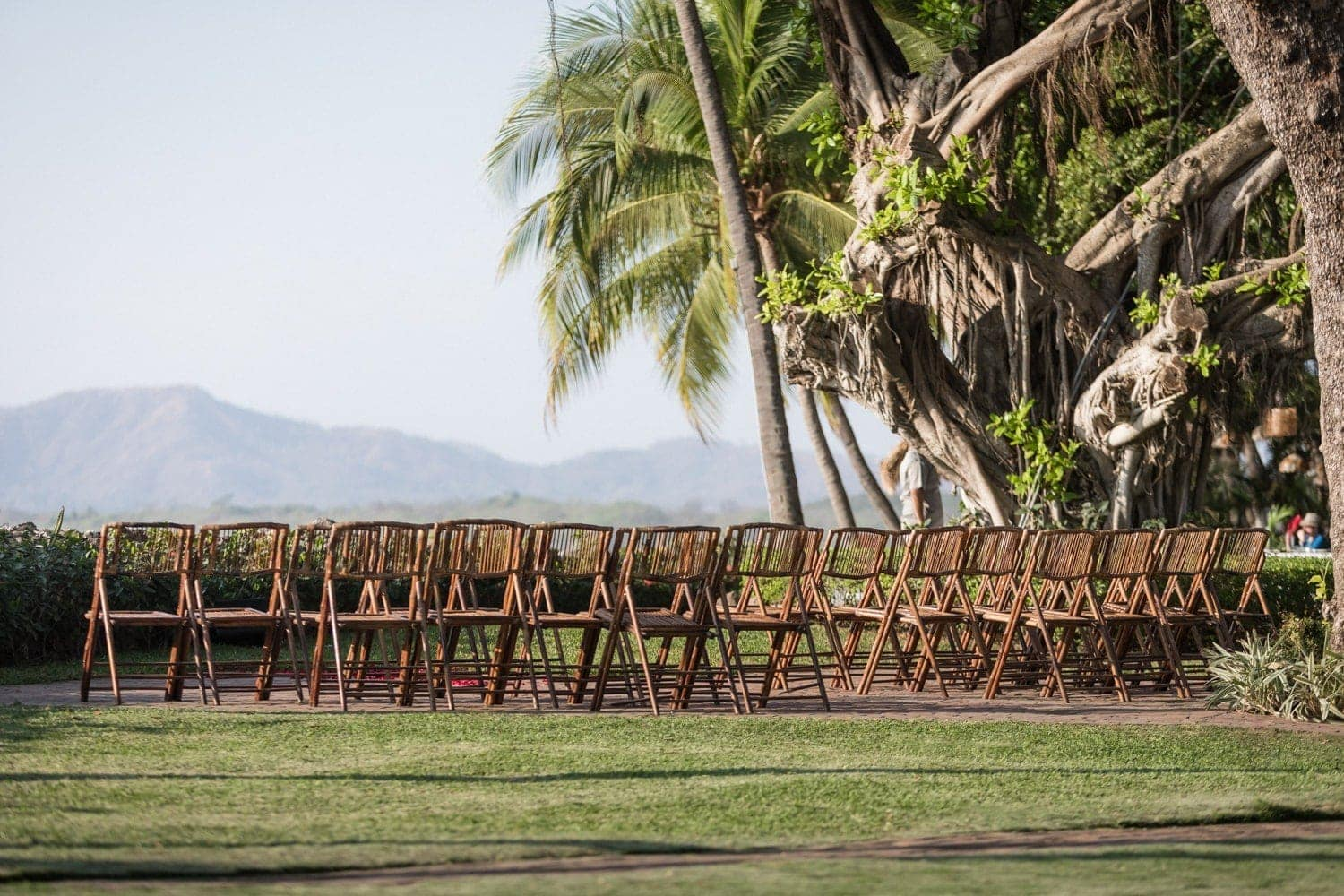 Lawn venue for weddings at Tamarindo Beach Resort in Costa Rica.