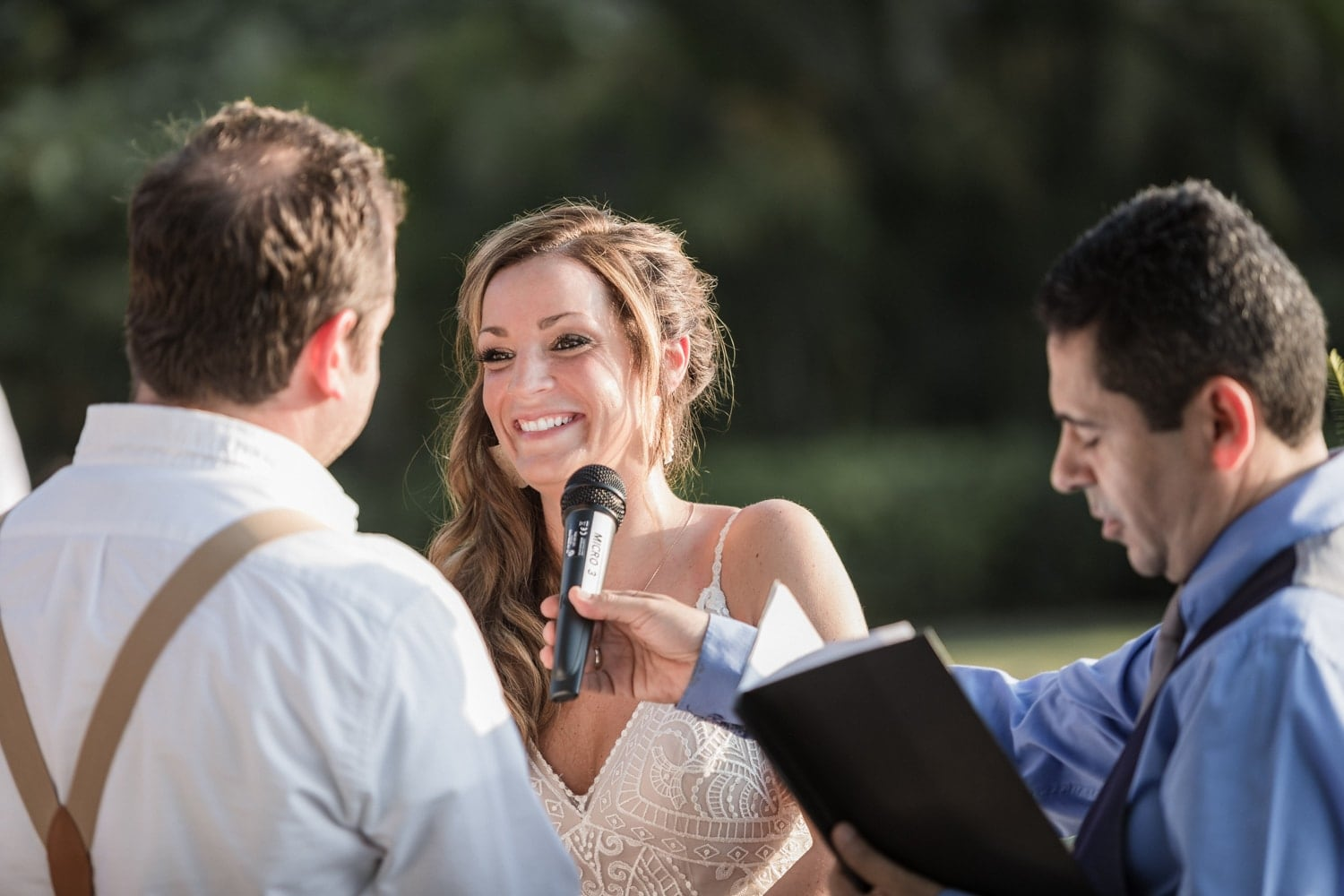 Photo of bride saying her vows during Costa Rica wedding.
