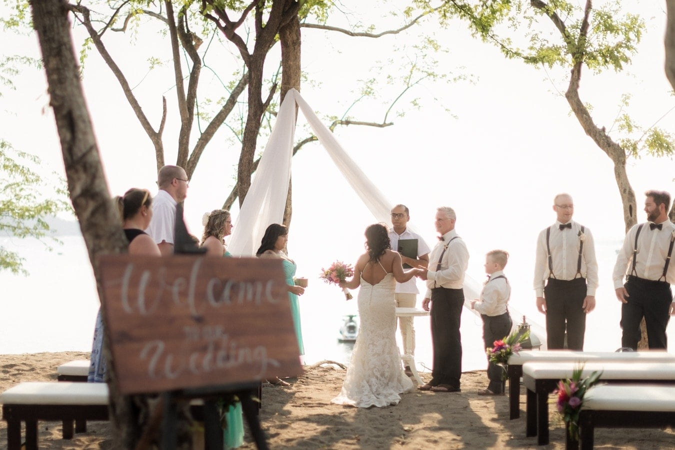 Bobbi-Henri-weddng-ceremony-Dreams-Las-Mareas-Resort-Costa-Rica-2.jpg