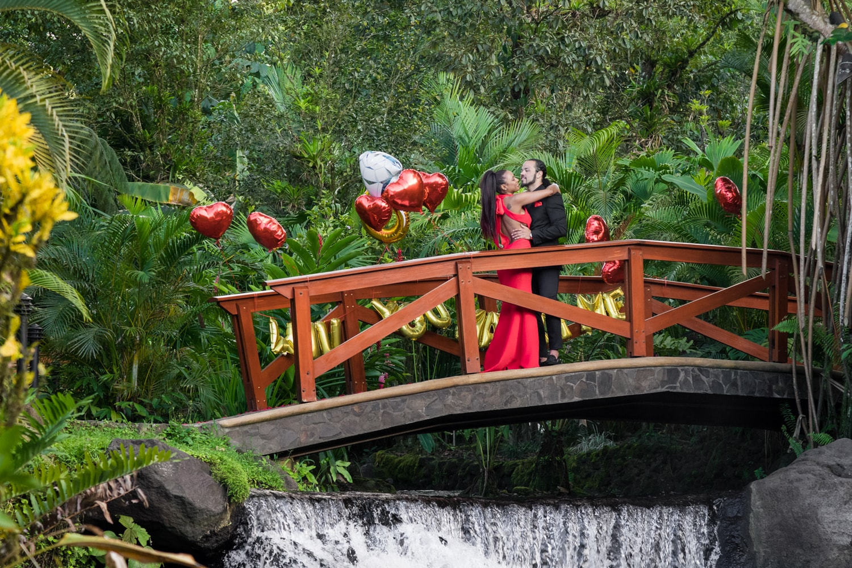 Zahara-Nico-engagement-session-Tabacon-Resort-Spa-Costa-Rica-9.jpg