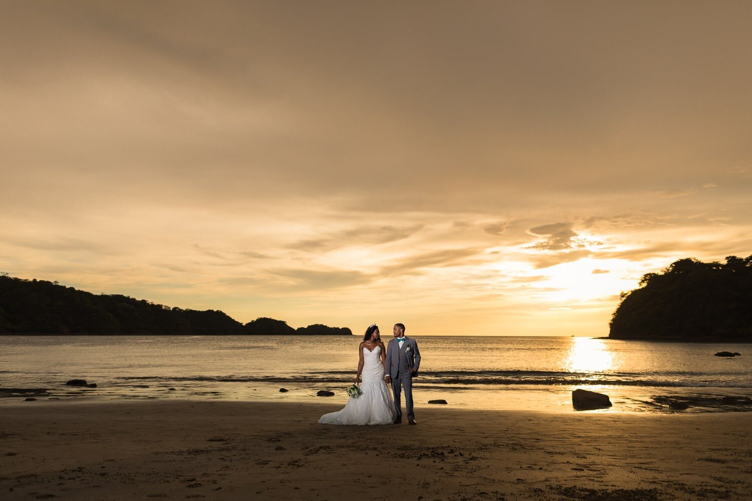 tylenn-xavier-wedding-dreams-las-mareas-costa-rica-11.jpg
