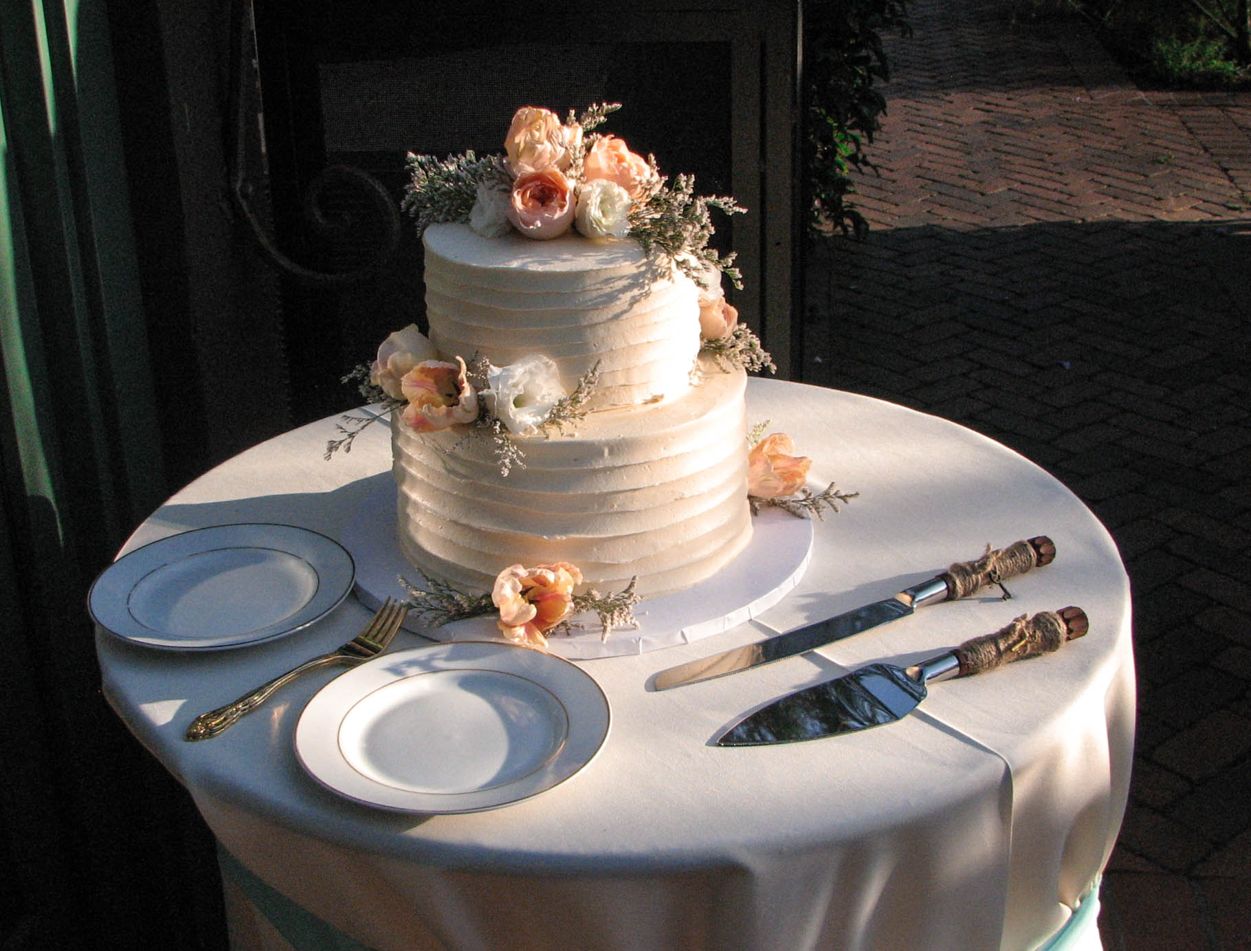 The wedding cake.