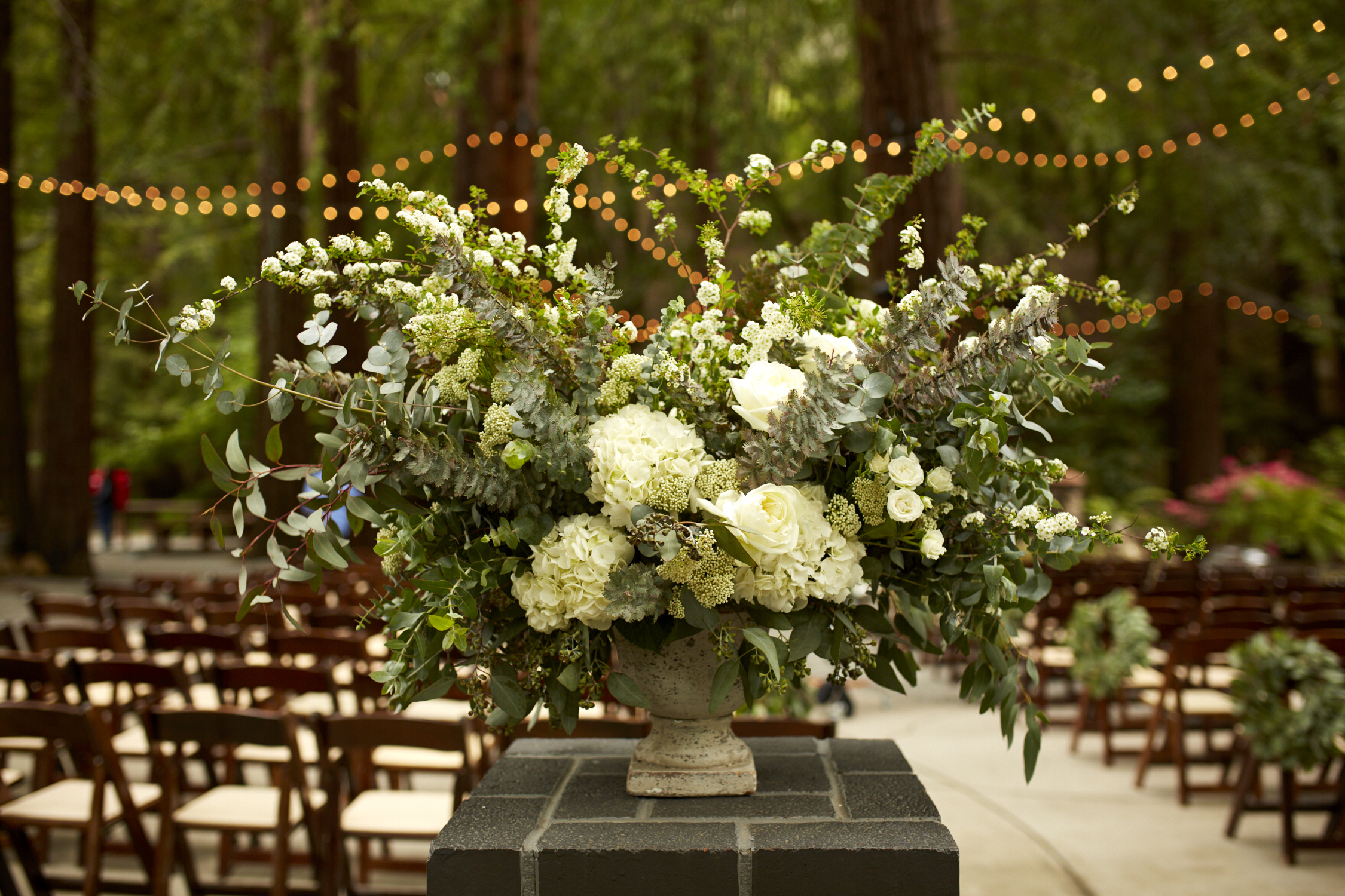 Deer Park Villa - Wedding Planner - Flower Arrangement
