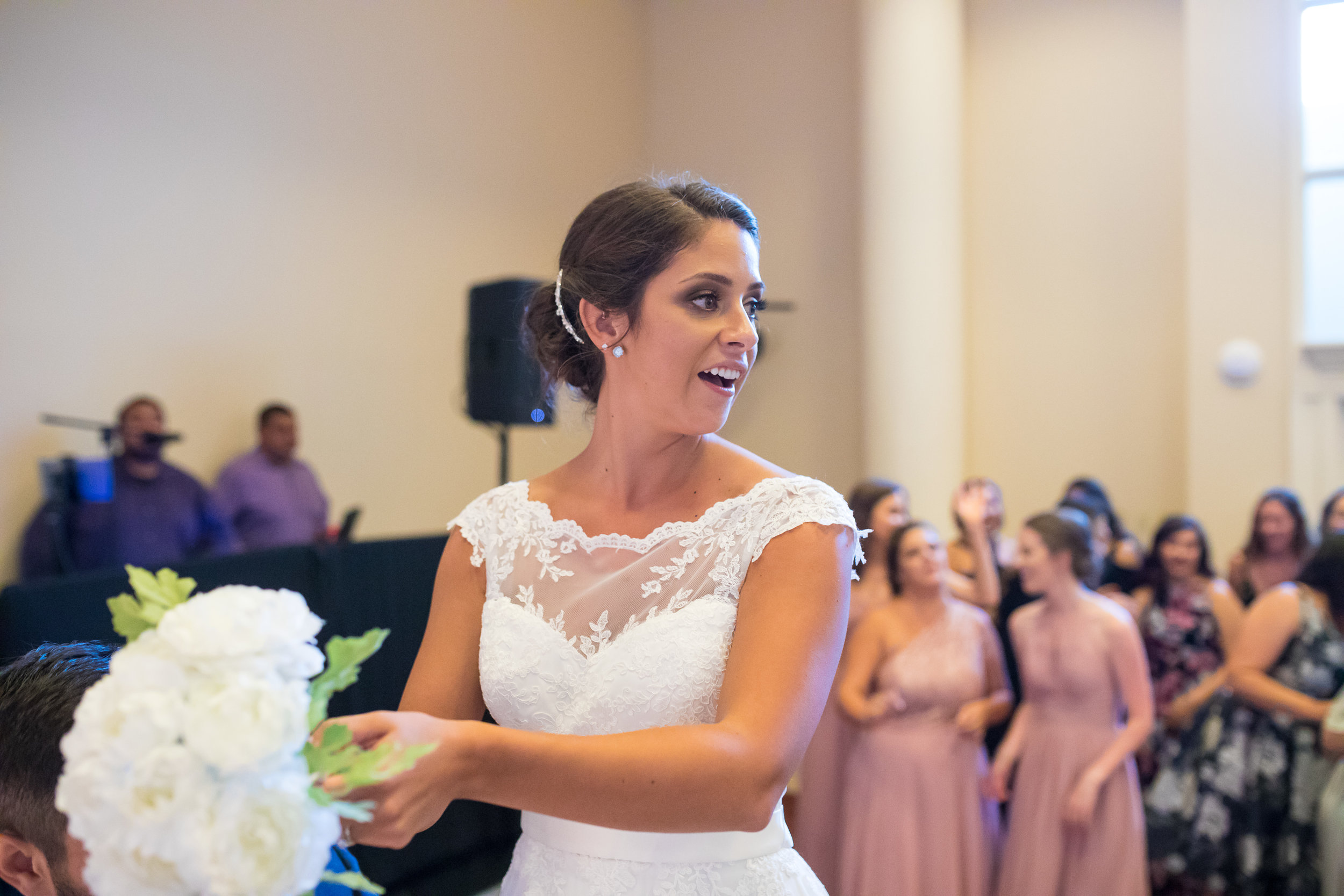 Perfectly Planned Moments Eugene Oregon Wedding Planner Downtown Athletic Club Bouquet Toss.jpg
