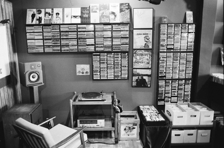Allen Warwick Porn blog — cosmic vinyl