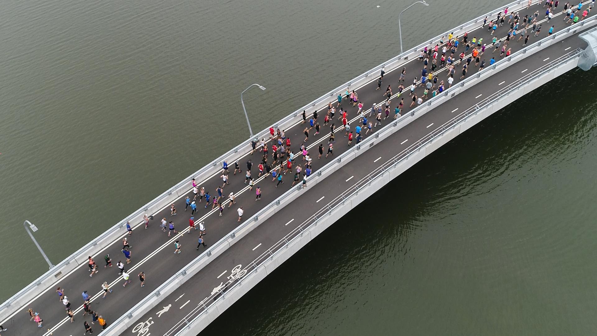 Fun Run B Bridge aerial.jpg