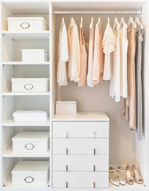 Closets Modernos Pequeños de Mujer color Blanco
