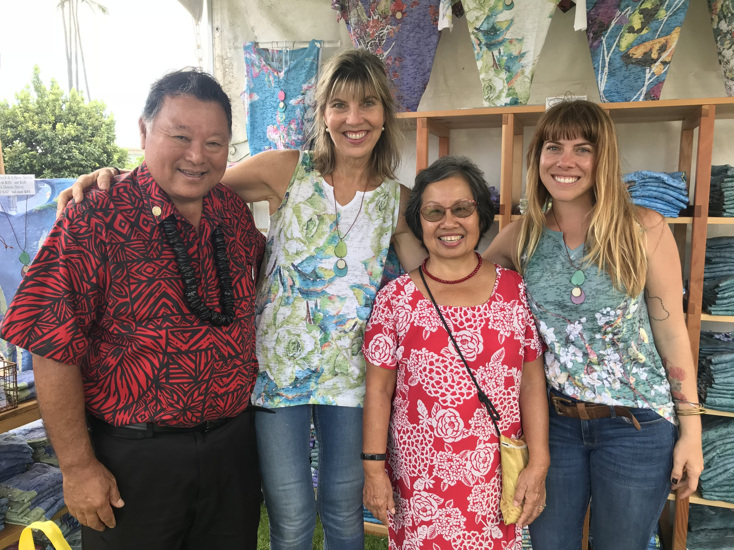 Maui County mayor Arakawa, mrs. arakawa, sherri, and hailey at the Made in maui county festival 2018