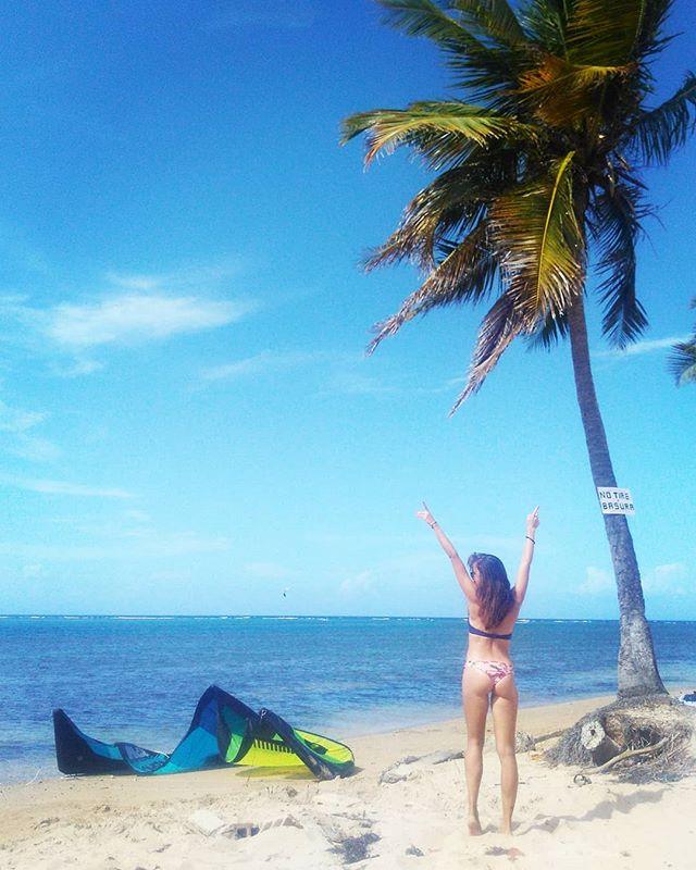 My little booty is having fun in Puerto Rico ✌️🤙