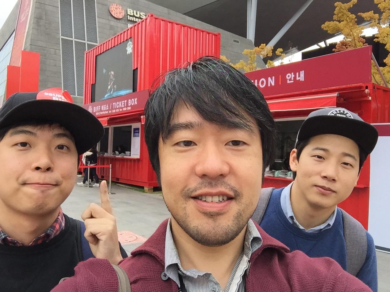 4月にメリーランドの映画祭で出会った韓国のKim Kyul監督とプロデューサー。映画祭ボイコット中らしいです。