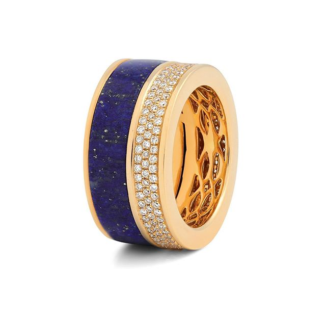 Dive into the dreamy depths of our Lapis Lazuli Composition Ring. Also available in turquoise and azurite.