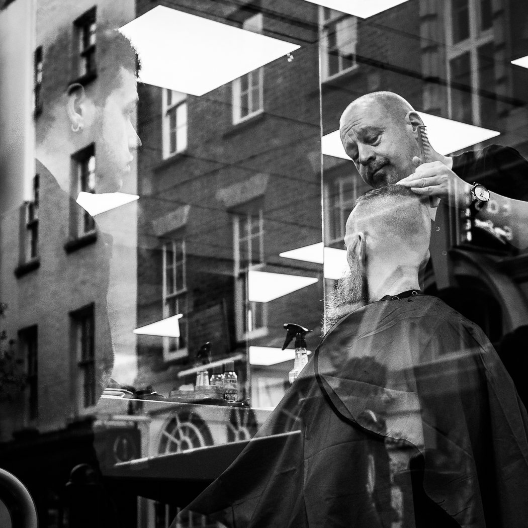 The barber and the ghost