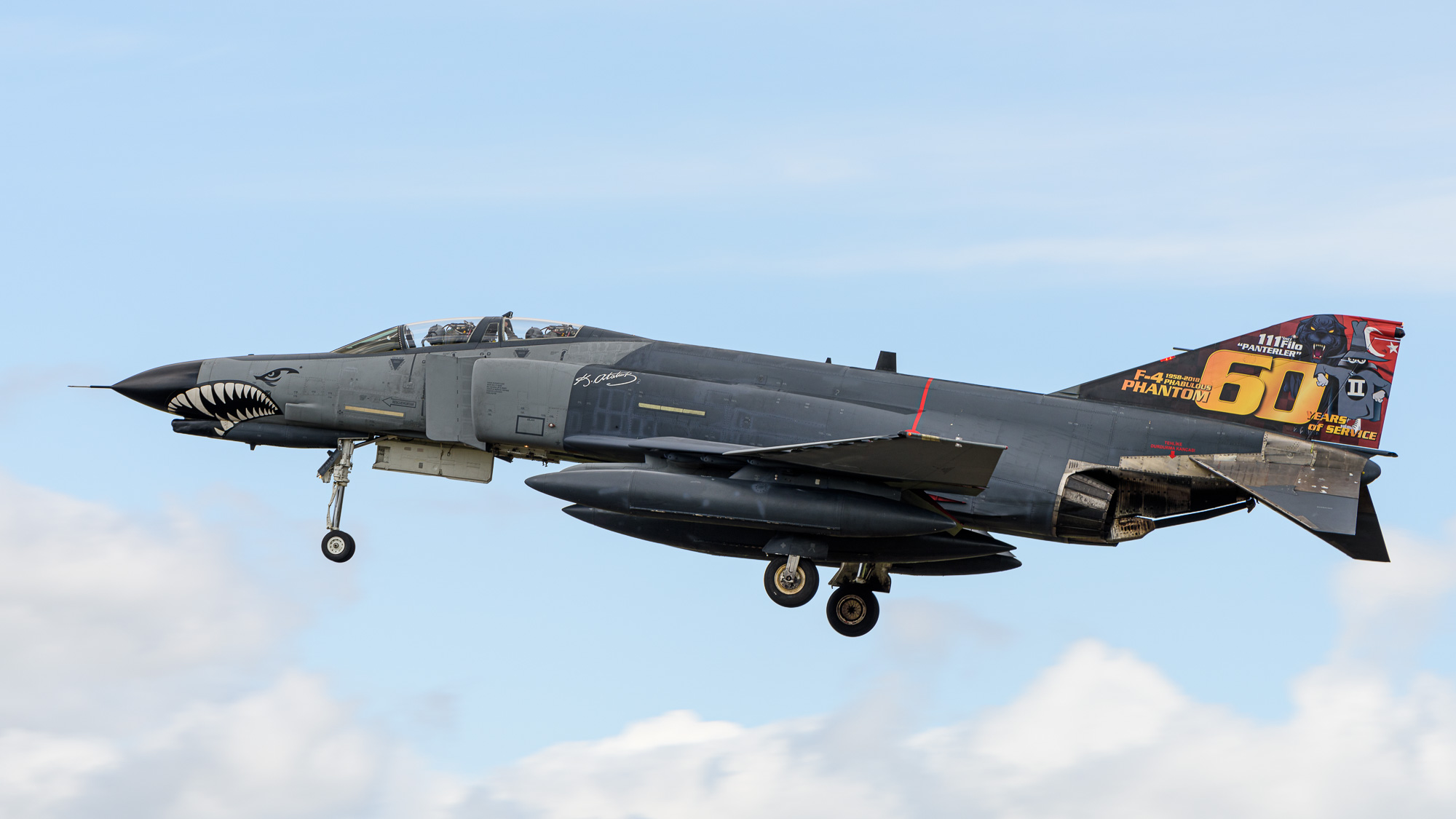 Turkish F-4 celebrating 60 years of service