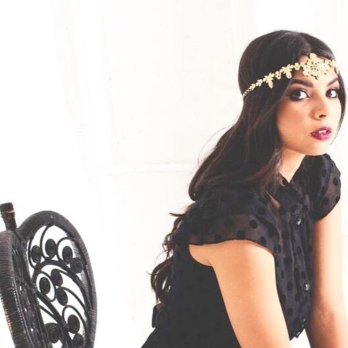 Love Gold? Us Too 😍 Enjoy The Golden Gatsby Swan Halo 🖤 #Halo #Crown #Handcrafted #Headpiece #Headband #Hair #hairjewellery #hairjewelry  #weddingheadpiece #uniquewedding #eventheadwear SHOP BIO LINK 👆