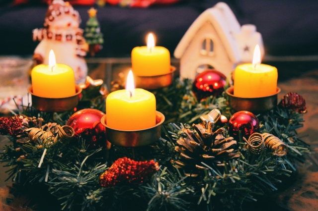 holiday traditions that don't involve shopping
