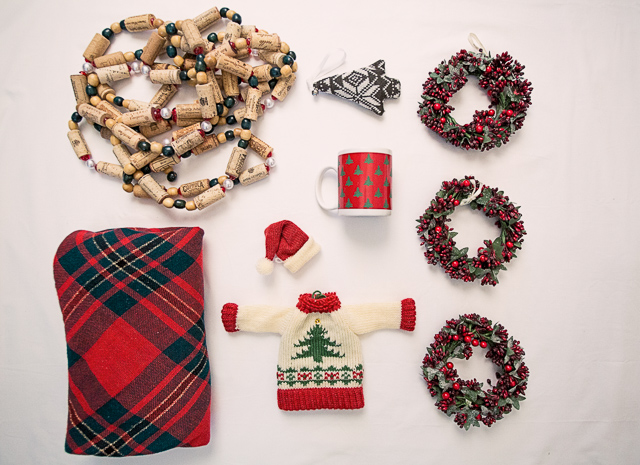 declutter your Christmas decorations - Seek United