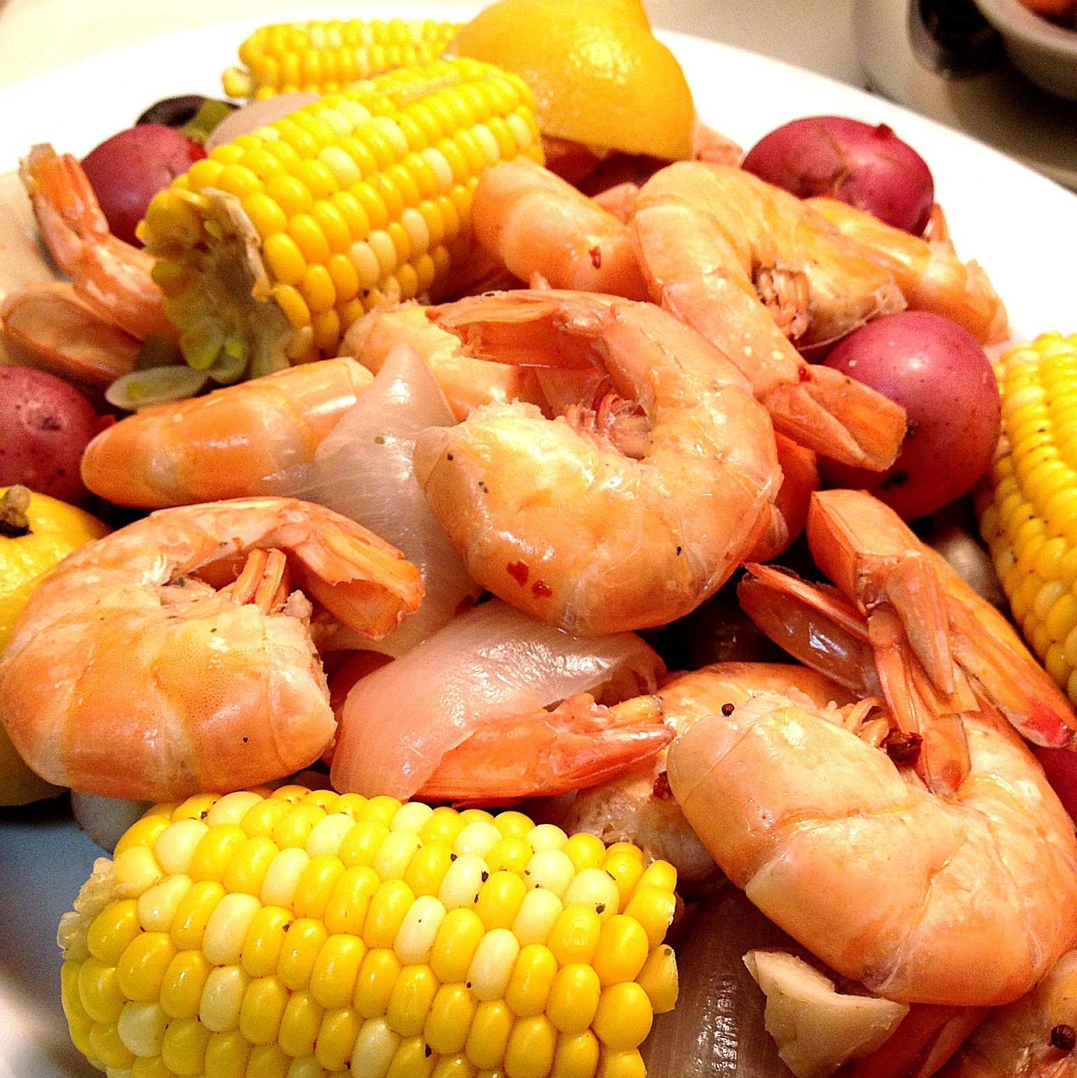 shrimp boil 6.JPG