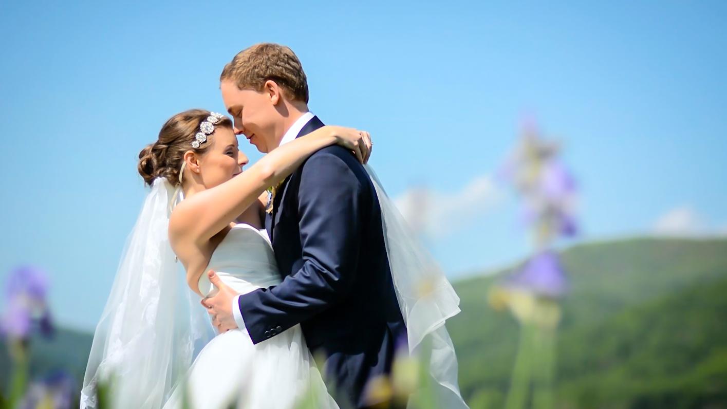 Wedding Videography (Photos by Kelley Van Dilla) (6 of 27).jpg