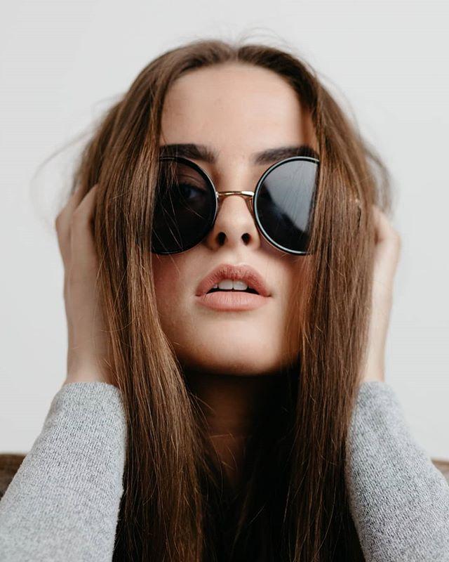 💄@ss.glamstudios 📸 @andrecwidjaja 🙂 @anjliguru . . . #makeupartisttoronto #beautyeditorial #beautyshot #torontomodel #lookoftheday #makeupaddict #makeuponpoint #glowgetter #glow #glowfromwithin #torontoartist #makeupinspo #beautyblogger #fentybeauty #maccosmetics #smashbox #dermablendpro #dior #onpoint #fashion #torontomakeupartist #agencymodel #torontomodel #macrophotography #photooftheday #instabeauty #instagood #noedite #nofilter #beautyblogger #cleanmakeup