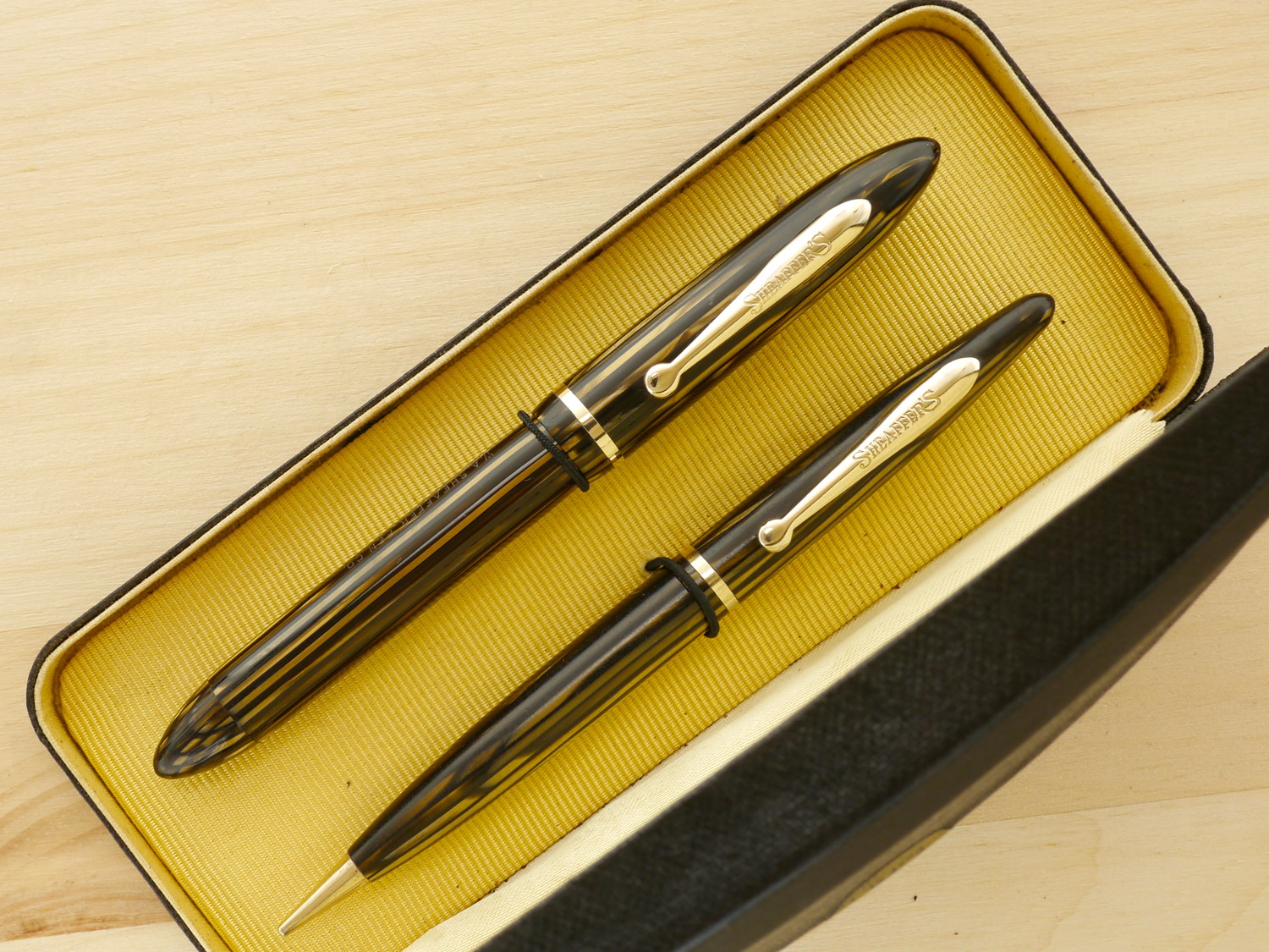 Sheaffer Balance Vac Golden Brown Pen & Pencil Set, XF, boxed