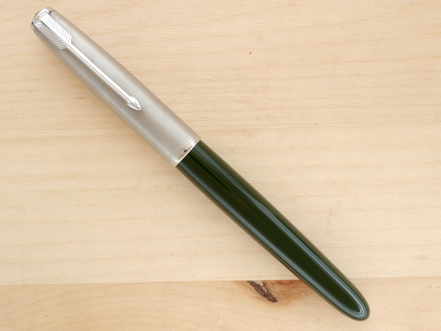 Parker 51 Aerometric Fountain Pen, Forest Green, XF, capped.