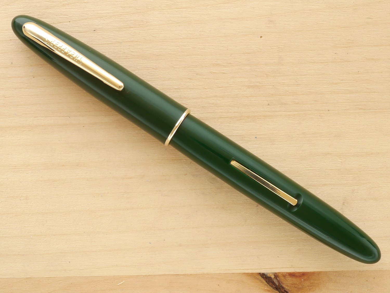 Sheaffer Craftsman Fountain Pen, Evergreen Green, F, capped