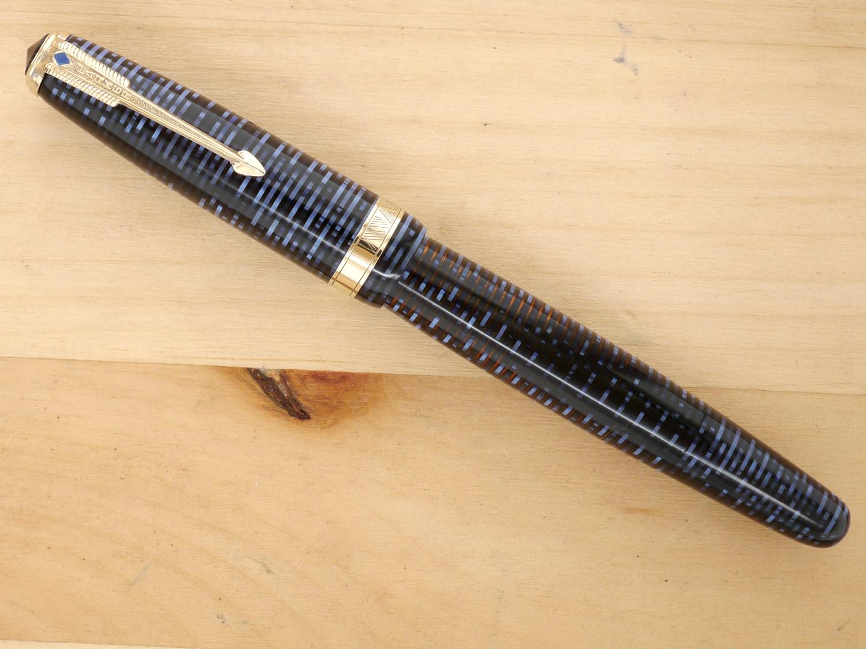 Parker Vacumatic Major Fountain Pen Azure Pearl, XF, capped