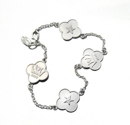 Victoria bracelet.jpg