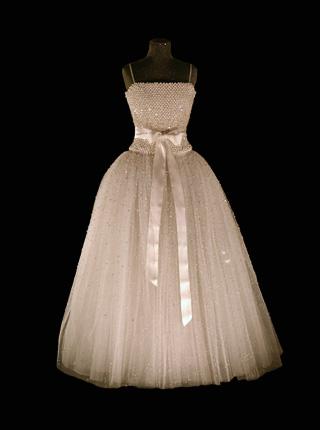 dress_2001.jpg
