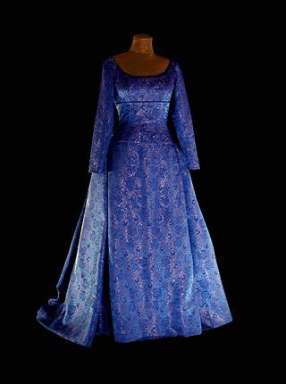 dress_2005.jpg
