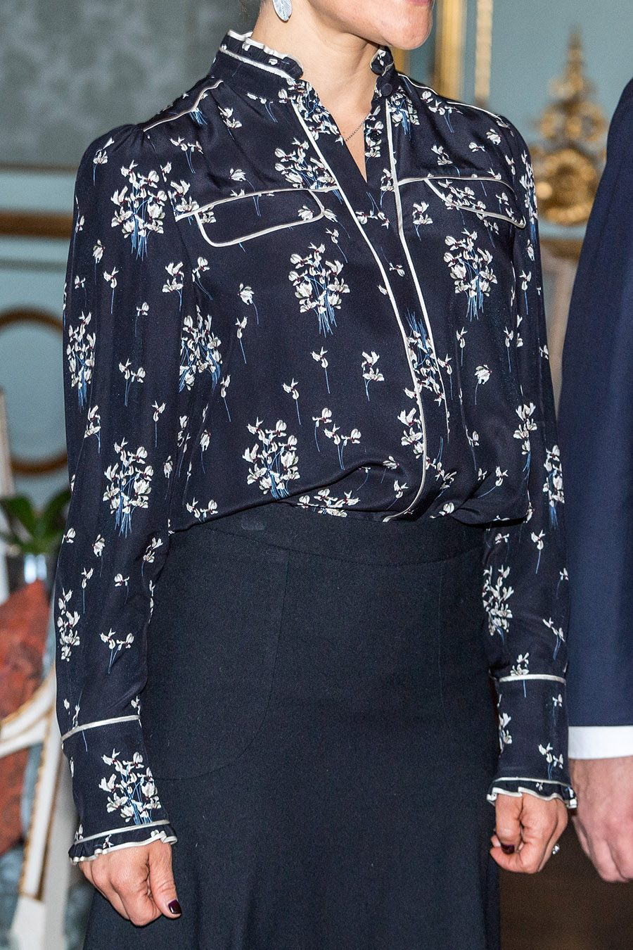 Details of the Skirt provided by Pelle T Nilsson
