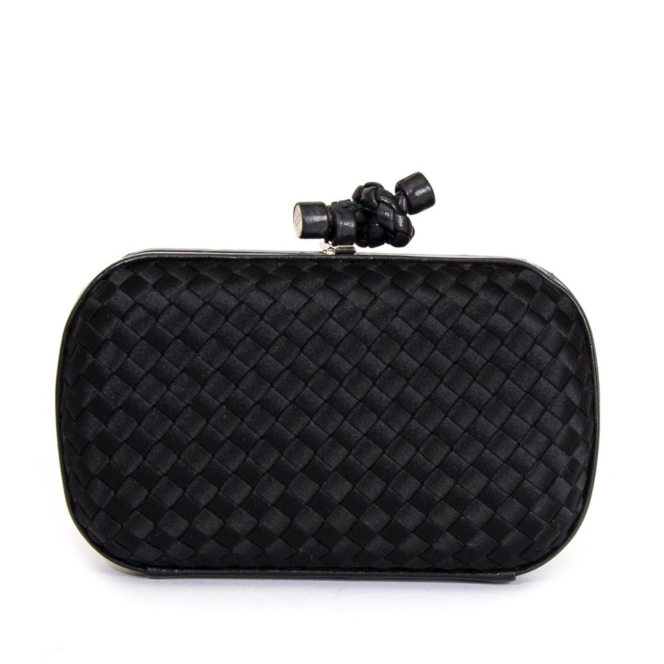 bottega_veneta_black_clutch_front_1.jpeg