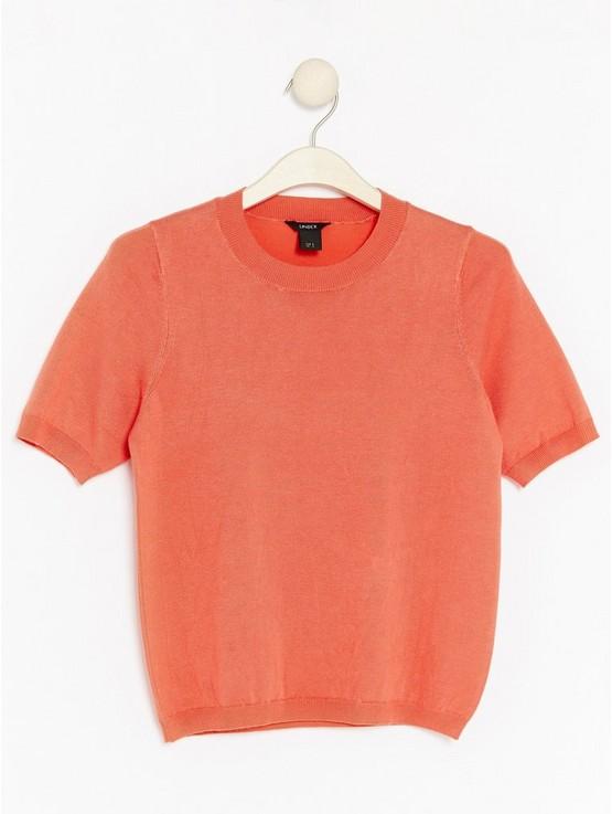 red-short-sleeve-sweater.jpg
